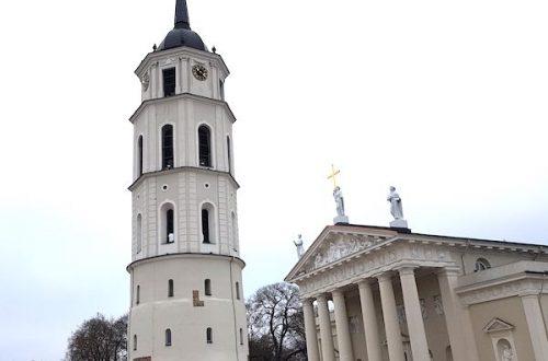 nhà thờ vilnius lithuania
