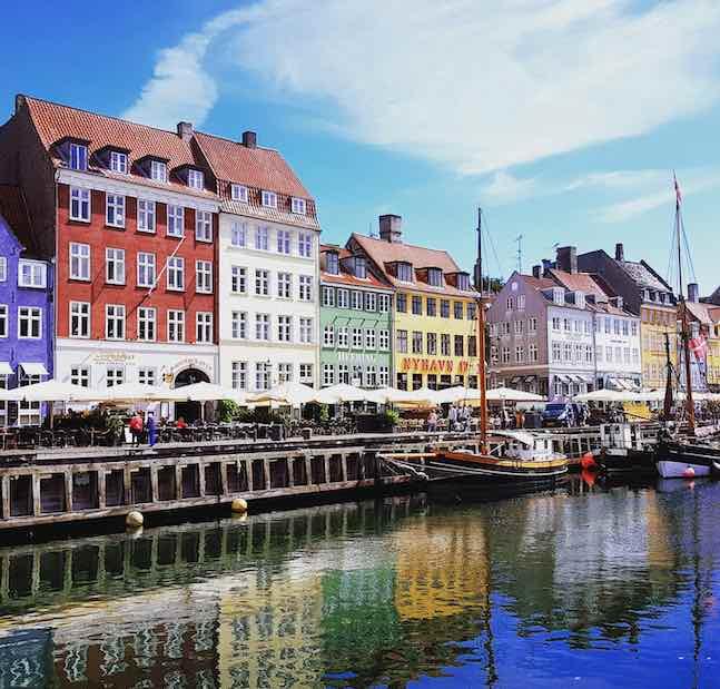 du lịch denmark bến cảng nyhavn