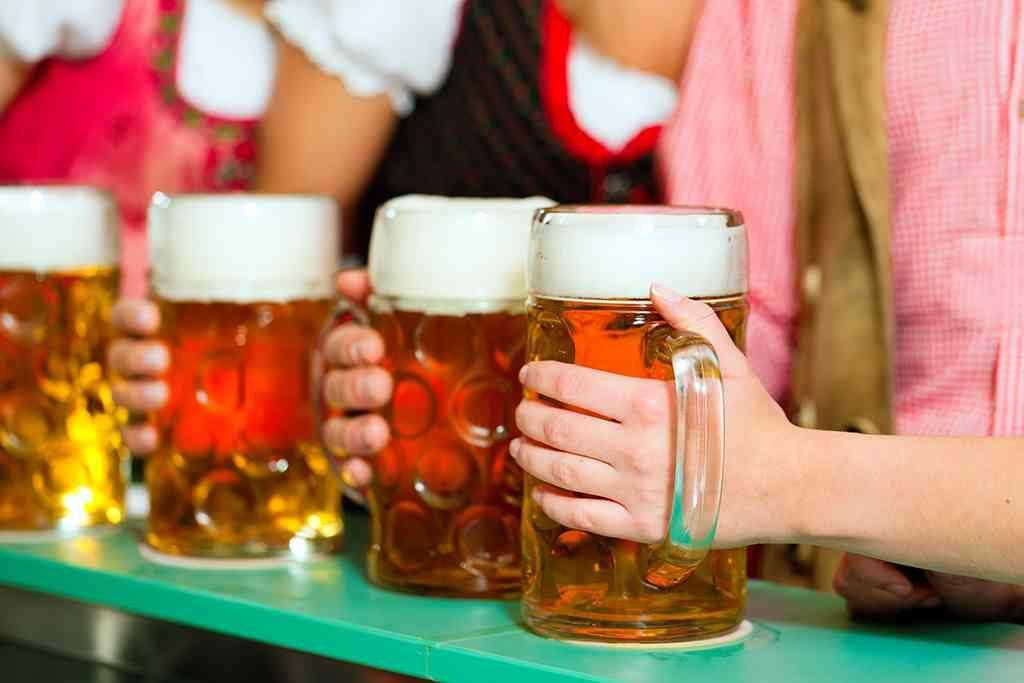 lễ hội bia Oktoberfest- một trong những điều thú vị về nước Đức