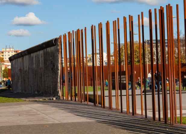 bức tường berlin du lịch berlin