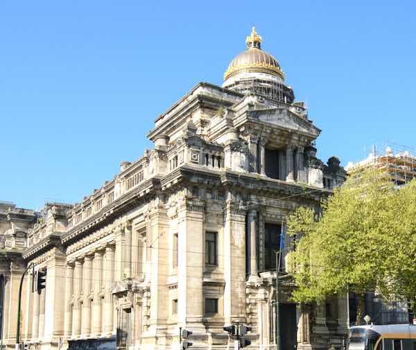 Palais de Justice địa điểm du lịch ở Brussels