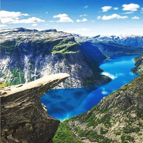 mũi lưỡi quỹ trolltunga- du lịch bergen na uy