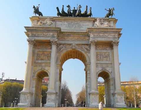 Cổng vòm Hòa Bình công viên sempione