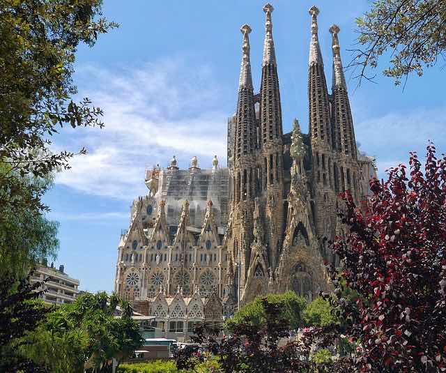 Thánh đường Sagrada Familia