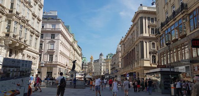 Phố đi bộ khu phố cổ vienna- địa điểm du lịch vienna áo nổi tiếng nhất