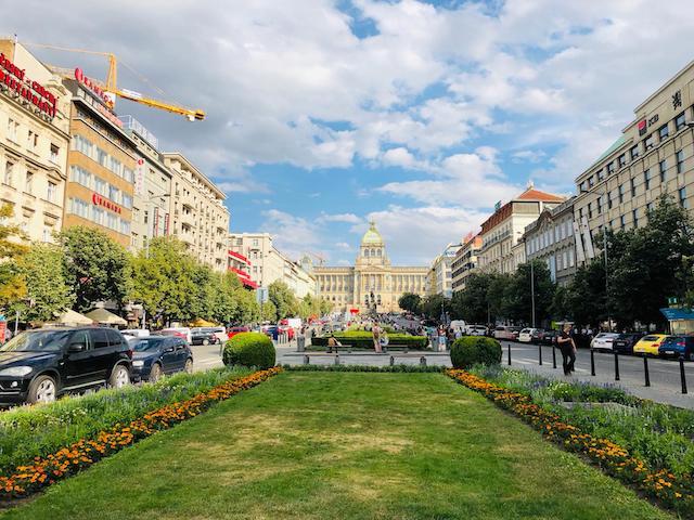 Quảng trường Wenceslas- địa điểm du lịch praha séc nổi tiếng