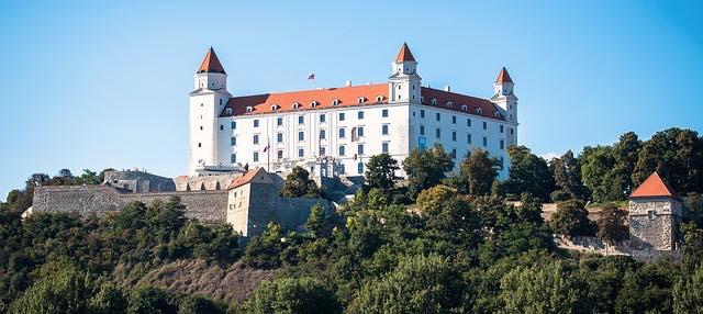 du lịch bratislava slovakia