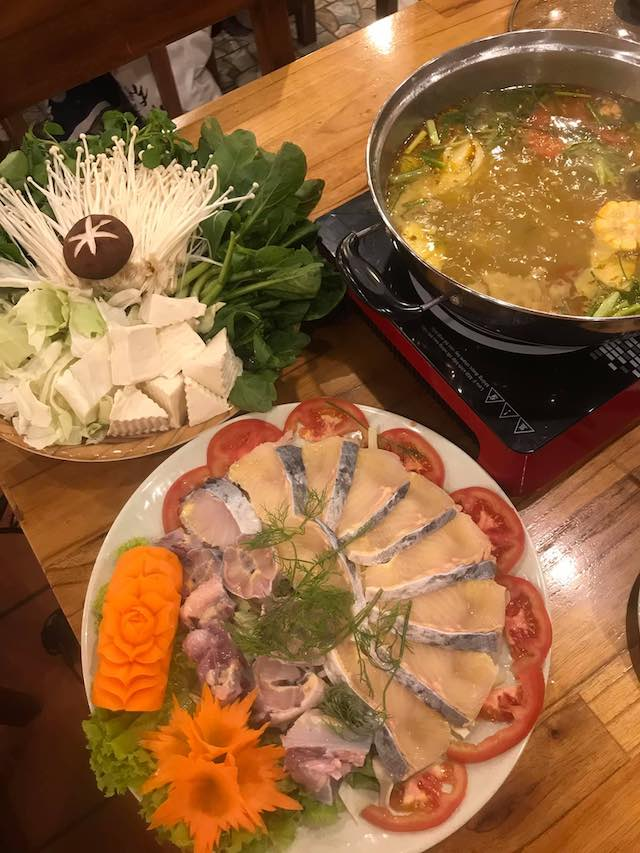 what to eat in sapa- hotpot