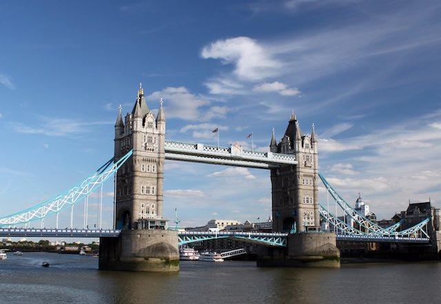 Tower Bridge- cầu tháp London