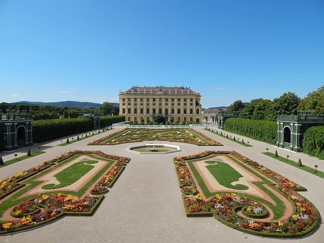 Cung điện Schonbrunn