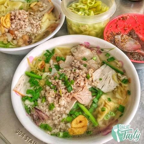 Vietnamese food in Dalat market.