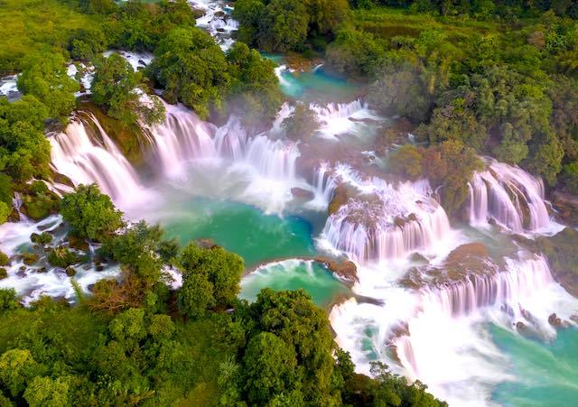 The main Ban gioc waterfall