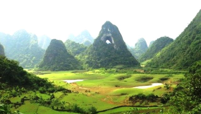Nui thung valley in dry season